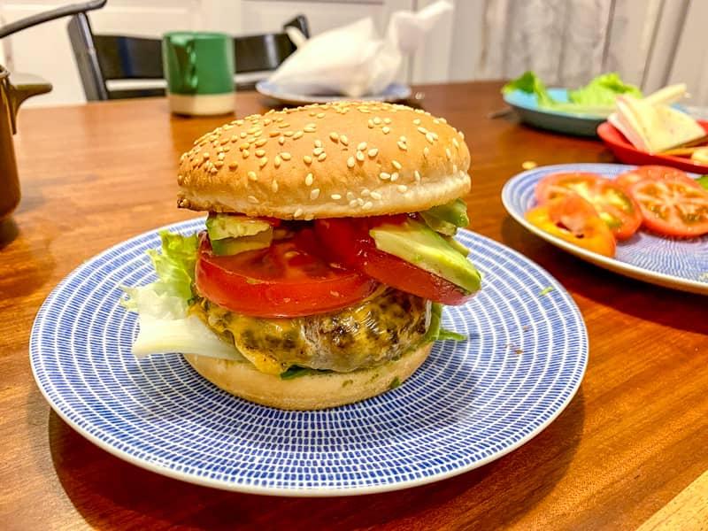 ハンバーガー完成