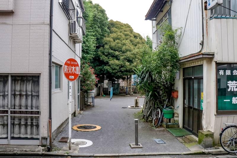 富士浅間神社境内児童遊園入口