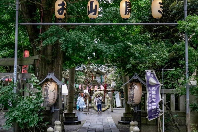 小野照崎神社の入り口