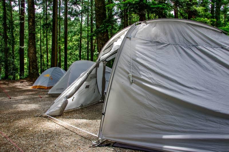 夏キャンプは場所選びが全て!夏キャンプでも涼しく快適に過ごせるキャンプ場の選び方