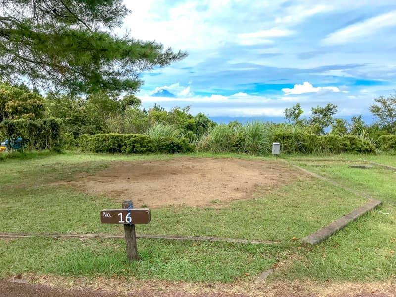 だるま山高原キャンプ場サイト16