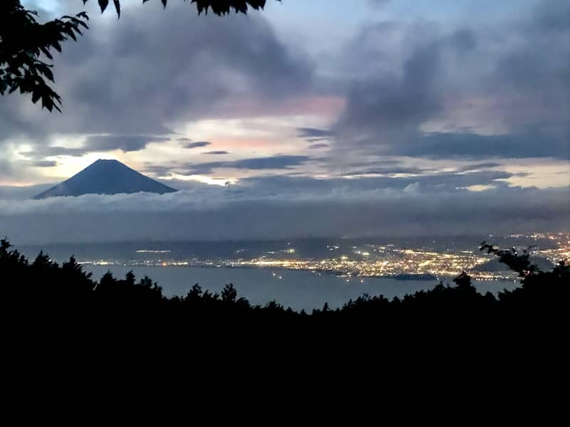 だるま山高原キャンプ場富士山と夜景
