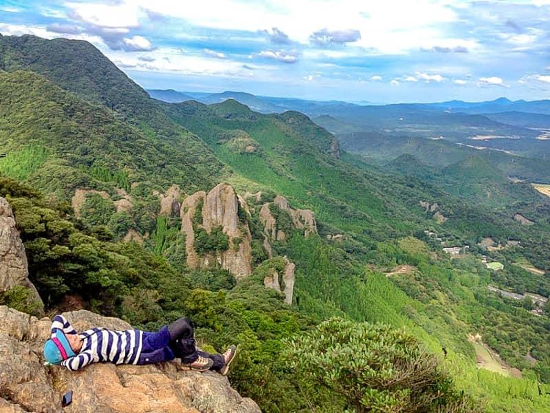 九州の中でも「青螺山~黒髪山」縦走コースは奇峰を満喫できる最強の登山ルートです!