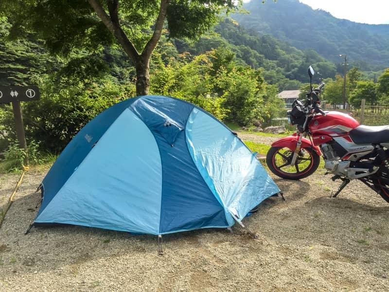 キャンプ場朝