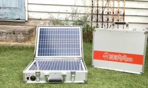 キャンプに使えるソーラー充電器・蓄電池『発電バリバリくん』をご紹介