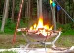 一大ブームが起きた焚火台モノラルワイヤフレームを焚火クロスが破れるまで使ってみて
