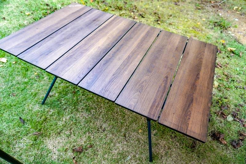 モンベルの三段階調整テーブル「マルチフォールディングテーブルワイド」が便利すぎる