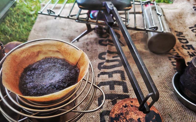 ドリッパーを使った本格ハンドドリップコーヒー