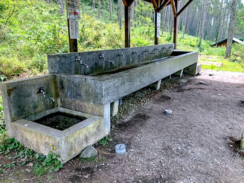 立場川キャンプ場の炊事場