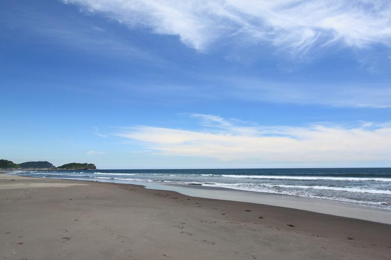 イタンキ浜の砂浜