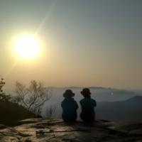 福岡で一番登山者が多い!?鬼滅の聖地「宝満山」の魅力を実際に登って紐解いてみた!