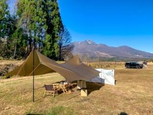 360度森に囲まれた「やすらぎの森オートキャンプ場」がハイテクなのに自然豊かな理由
