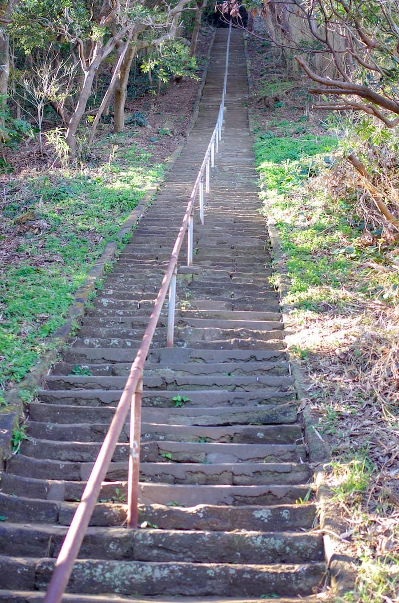 想像している以上に長い階段