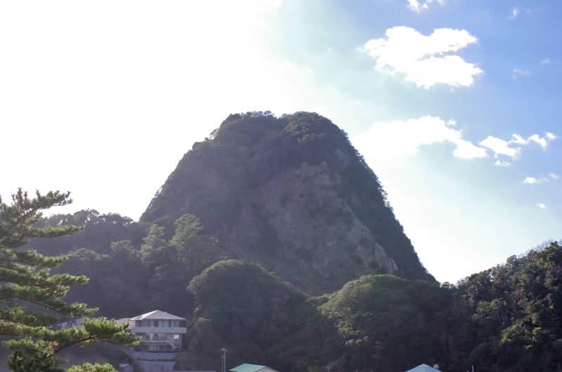 標高162メートルの超低山「烏帽子山」