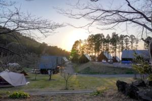 冬でも利用OK!ガラガラ山キャンプ場で温泉入り放題のコテージ泊レポート