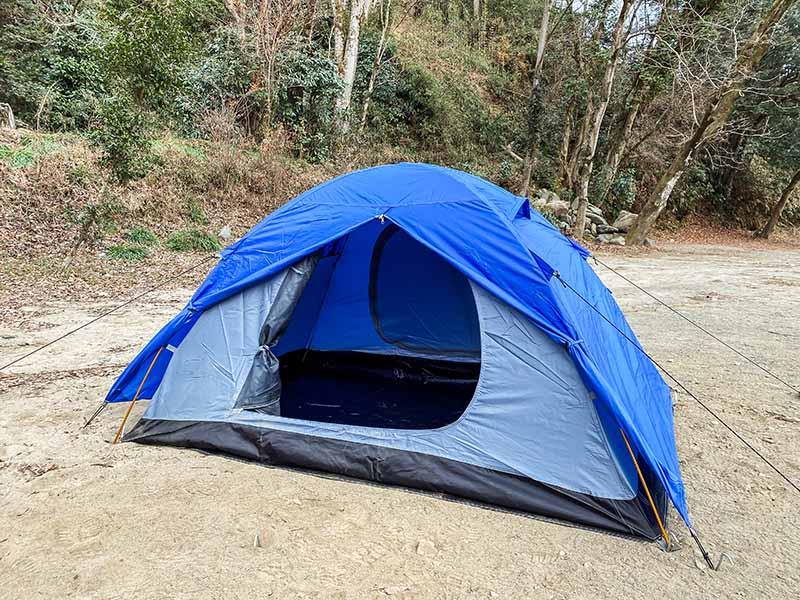 どことなく可愛らしいテント