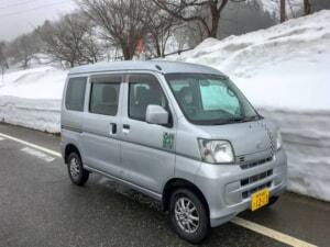 豪雪の新潟県で厳冬期に車中泊をしてみた【冬のハイゼット東北温泉巡り旅】