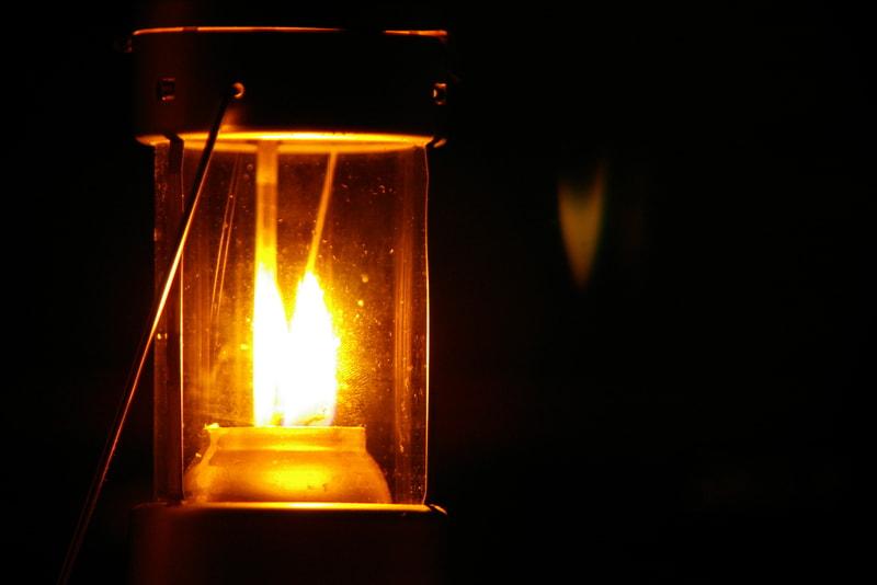 キャンドルランタンの明かり
