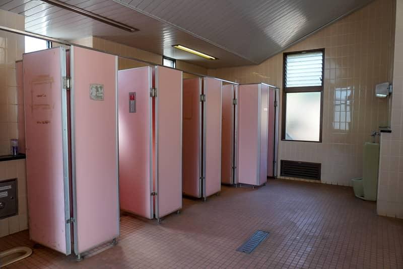 トイレの内部の写真
