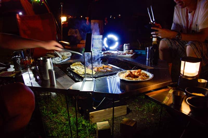 キャンプ場での快適な夜の過ごし方