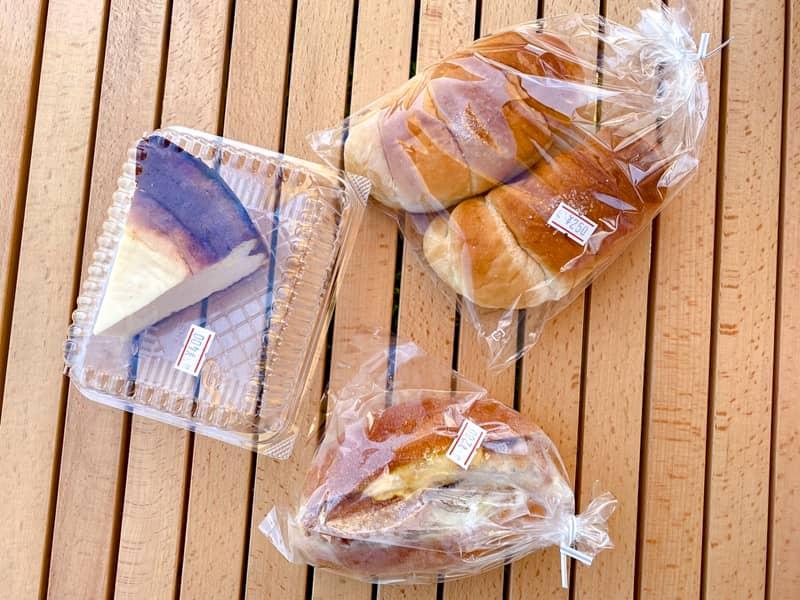 ハートランド朝霧_自家製パン