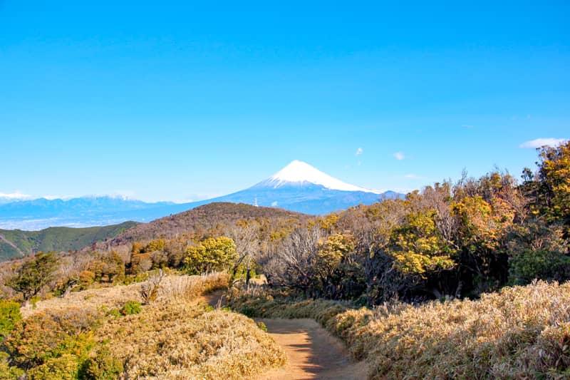 富士山と稜線が美しい山です-