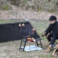 QUICKCAMPの「焚火陣幕 焔-homura-」に黒色追加!ブラックテントコーデに合わせろ!