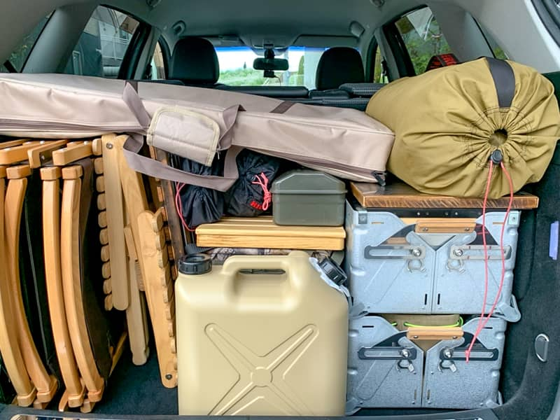 行きと同じ順番で荷物を積み込む-1