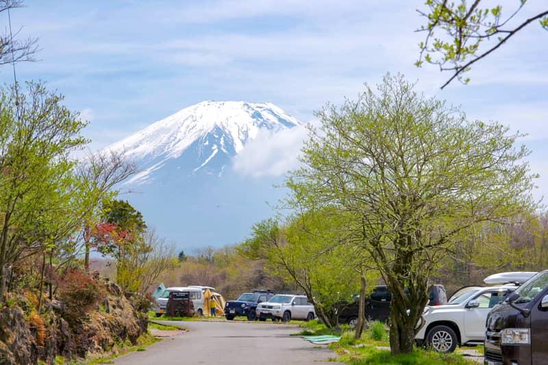 「STAR-MEADOWS富士ケ嶺高原キャンプ場」の魅力