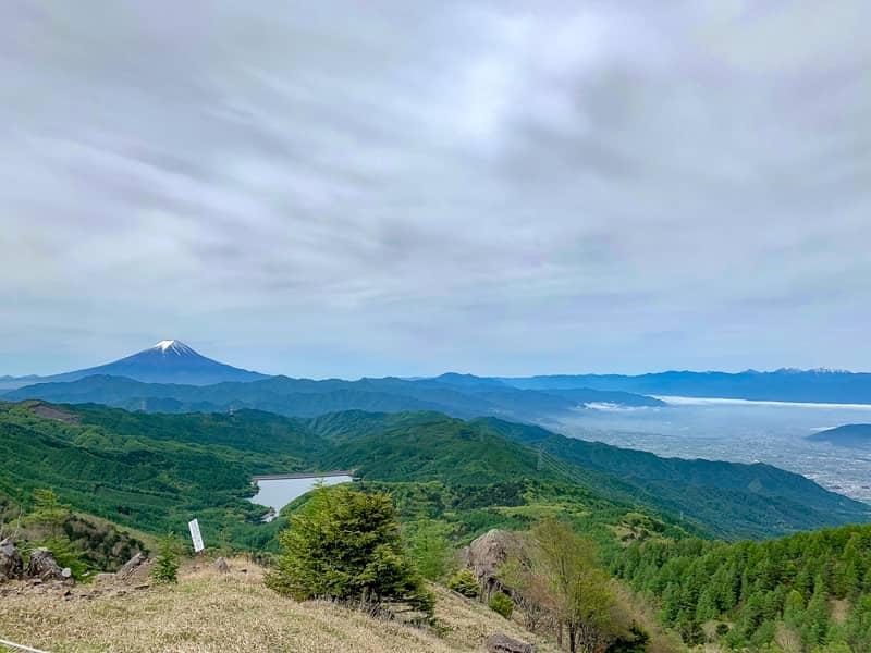 はっきりとわかるのは富士山くらいです