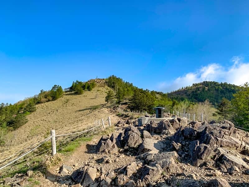 大菩薩峠から稜線を歩く