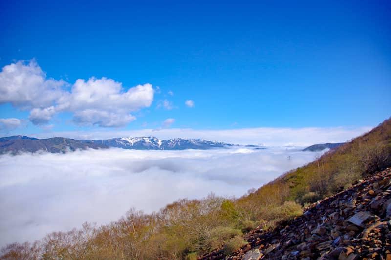 山頂からの景色よりも
