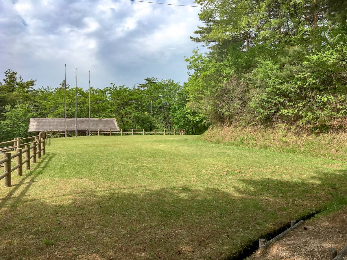 岩手県一関市にある花泉運動公園キャンプ場は開放感が魅力な無料のキャンプ場です