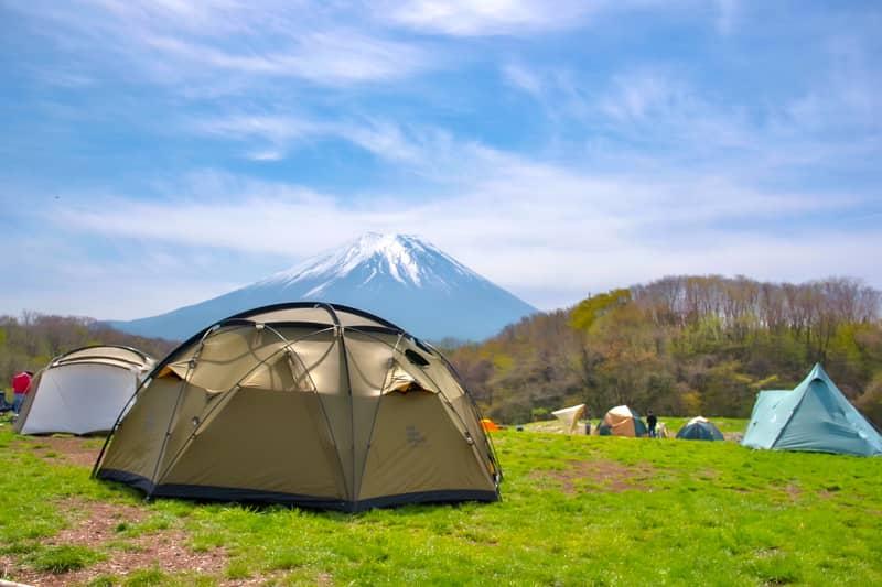 キャンプ場を選ぶテント
