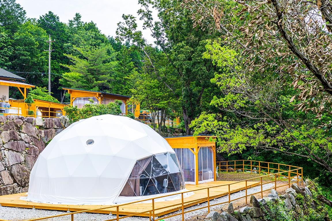 岐阜県初のドーム型グランピング施設「星が見の杜」で食べ放題・飲み放題を愉しもう