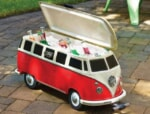 クルマ好きでなくともキュンと来る!フォルクスワーゲンバス型のクーラーボックスに第二世代が登場