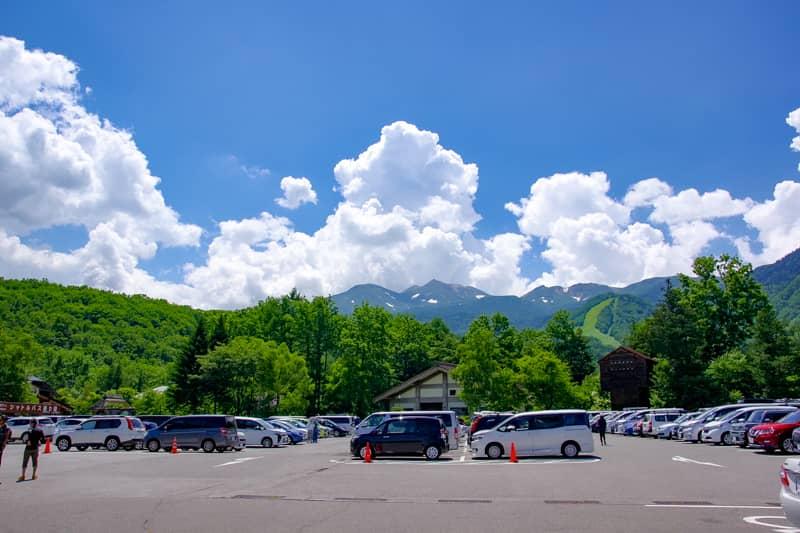 乗鞍観光センター駐車場から頂上へ