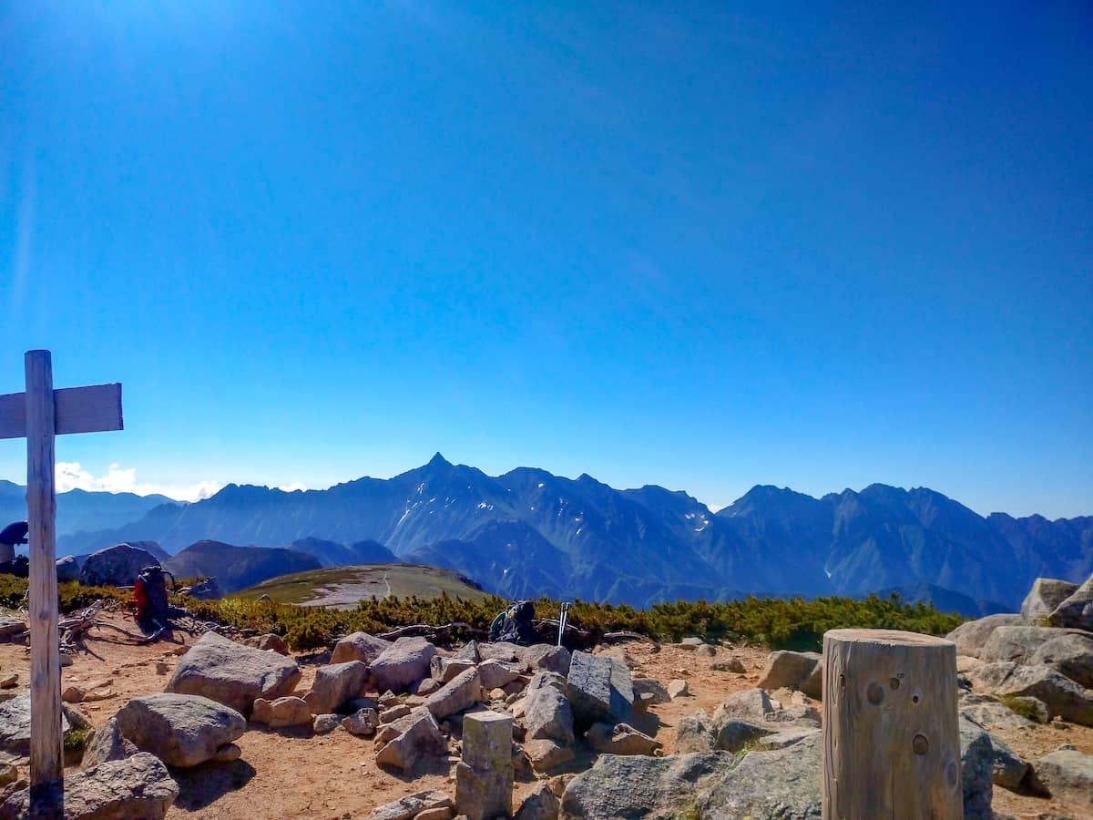 鏡平山荘までだけでも行く価値アリ!テント泊で夏真っ盛りの双六岳へ