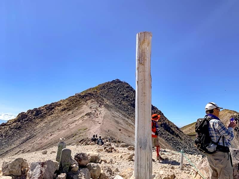蚕玉岳(こだまだけ)山頂です