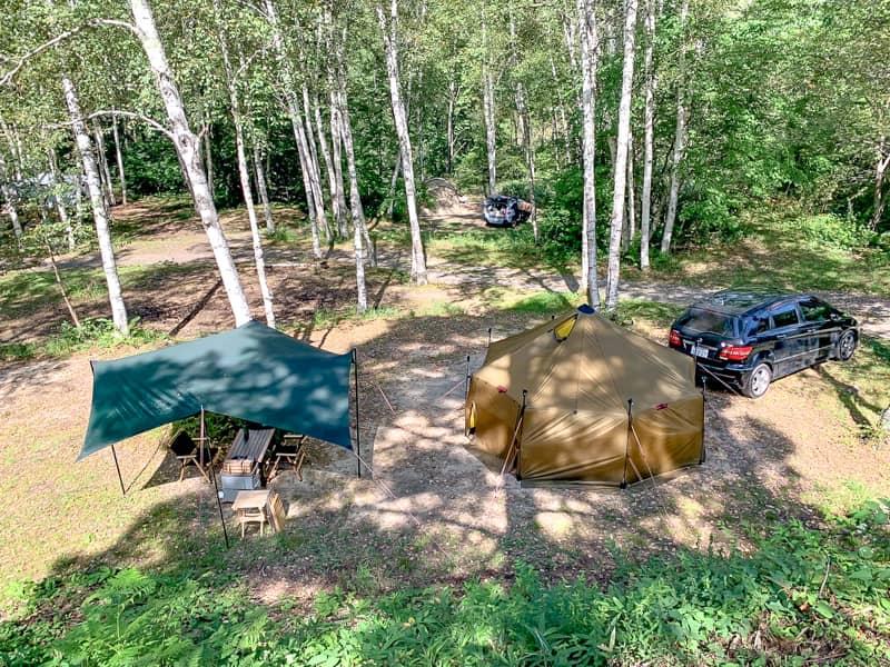 高ソメキャンプ場は車を横付け可能な区画サイトが100近くあるにも関わらず