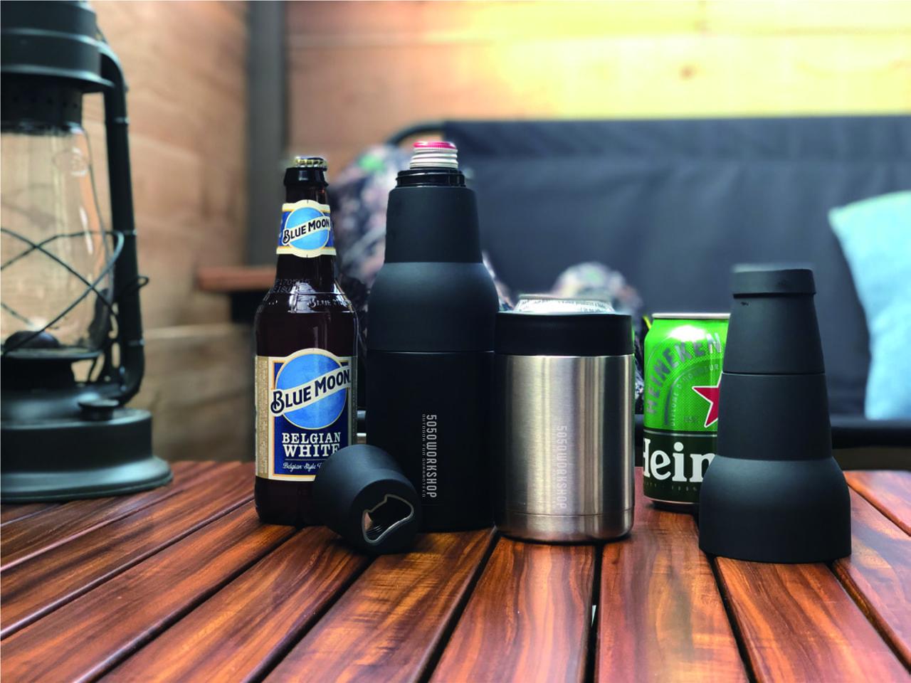 5050WORKSHOPから発売されたビンでも缶でも対応可能な保冷カバーで飲み物が美味い!