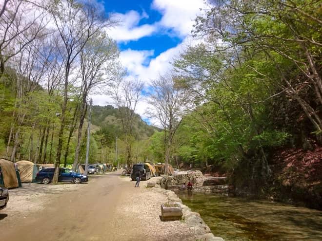 ナラ入沢渓流釣りキャンプ場1