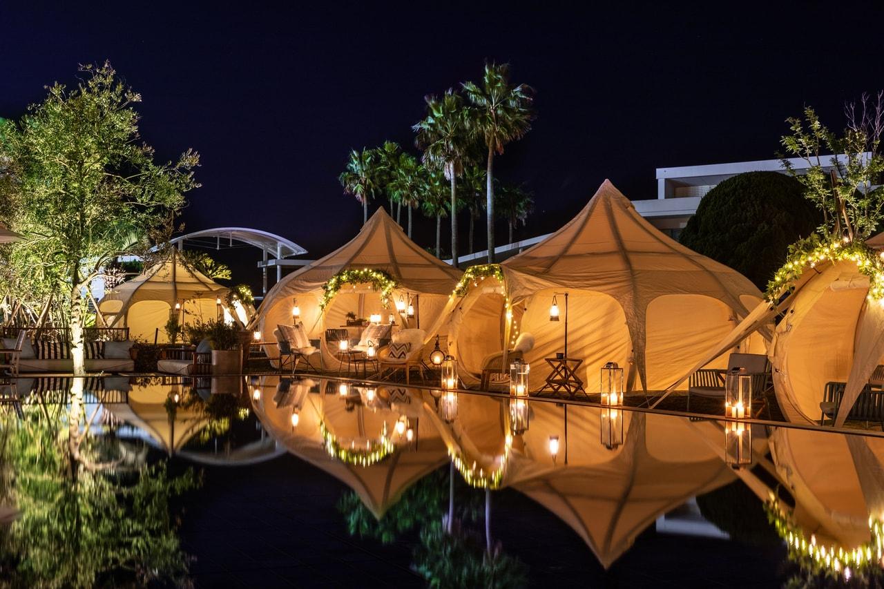 海沿いのグランピングレストラン「カマクラテラス」がリビエラ逗子マリーナに期間限定オープン!