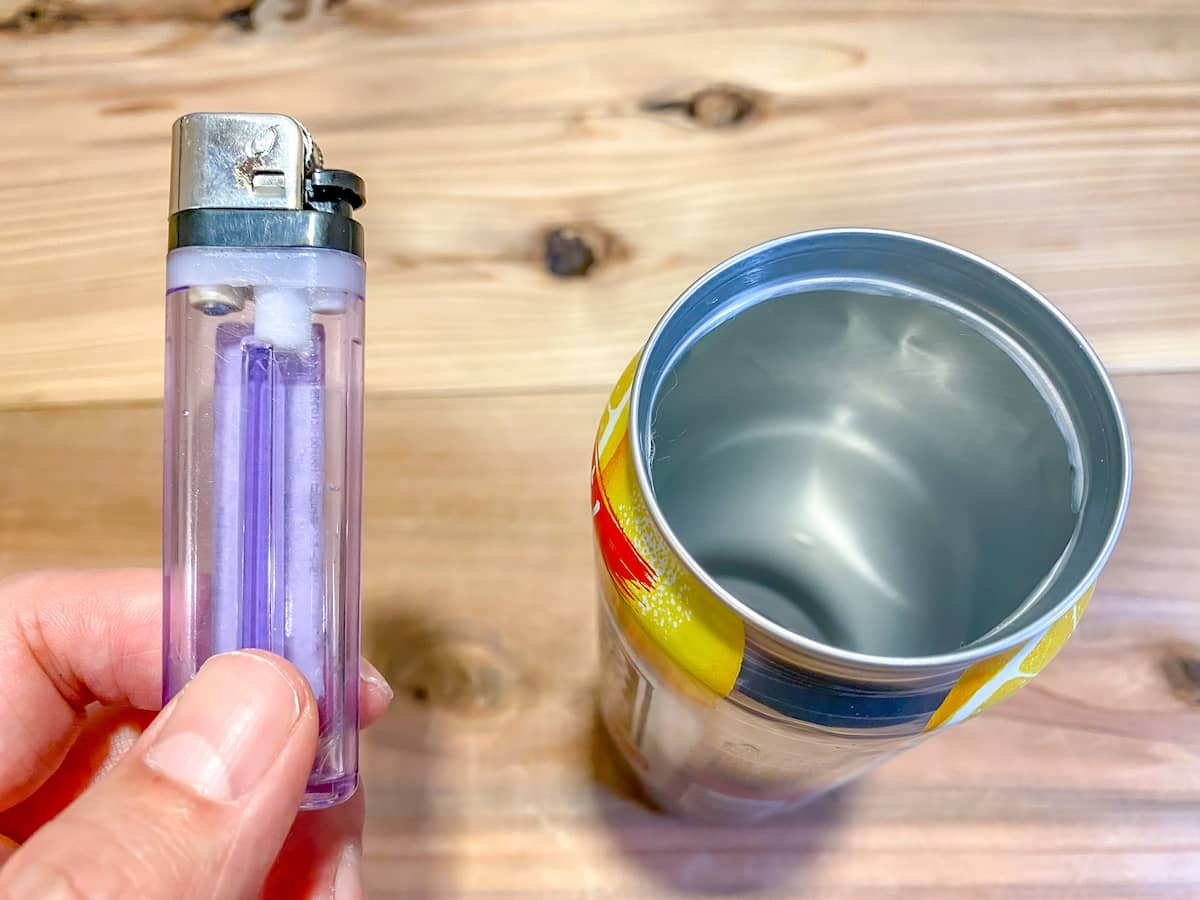 ライター1本で空き缶の上蓋をきれいに切り取るテクニック【空き缶炊飯・缶コップに】