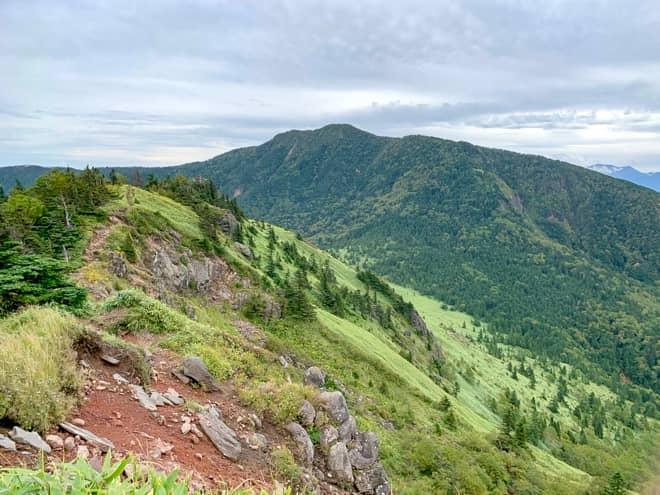 日本百名山「四阿山」を縦走できる人気の山