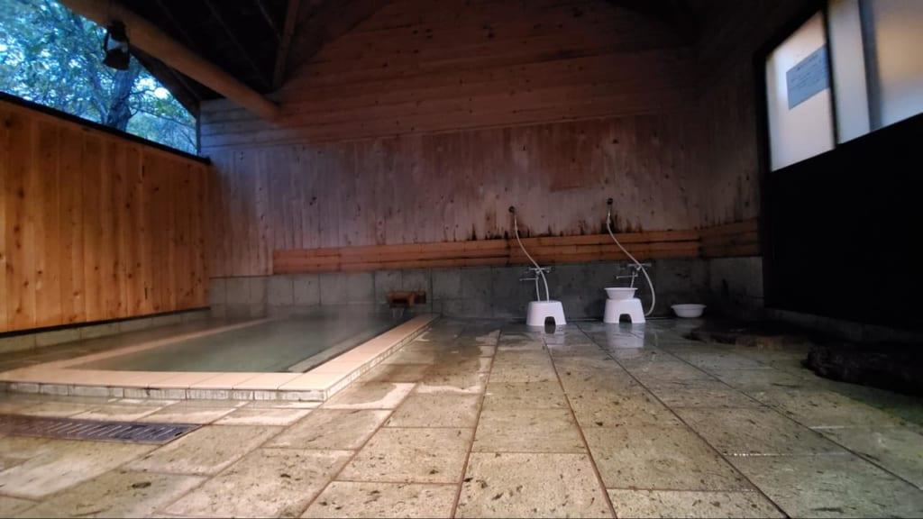 /6152-貸し切り温泉のシャワー-1024x576